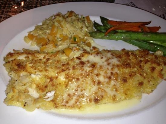 Tigard, Oregón: Almond Crusted Trout