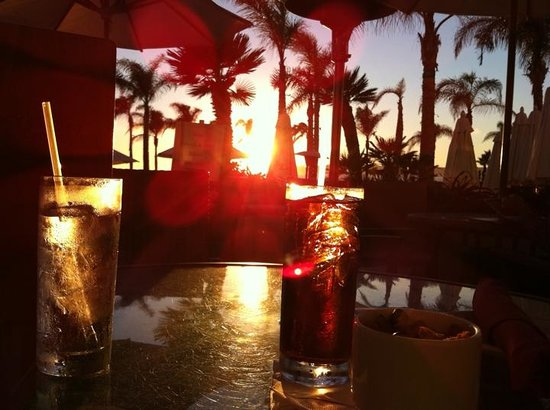 Hotel del Coronado: Best place in town for a drink