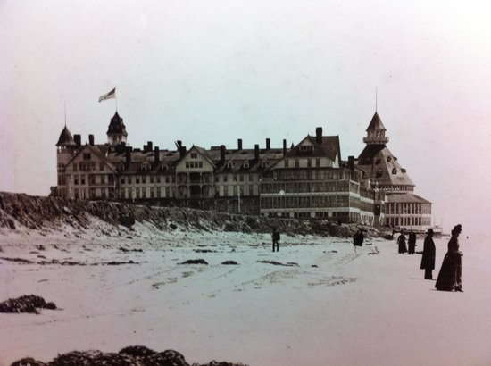 Hotel del Coronado: Old school photo of the Del