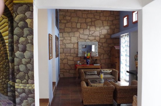 Casa Zuniga B&B: Inside the house