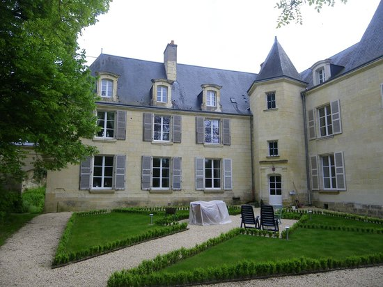 Accueil picture of chateau d 39 isore beaumont en veron for Chateau beaumont