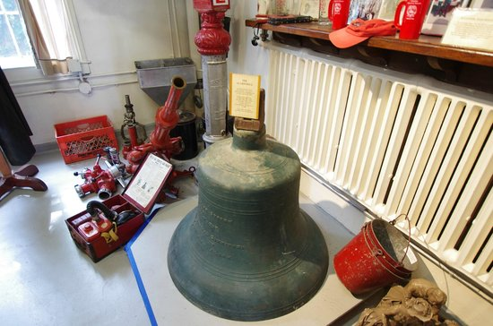 Kingston, NY: Old Fire Bell