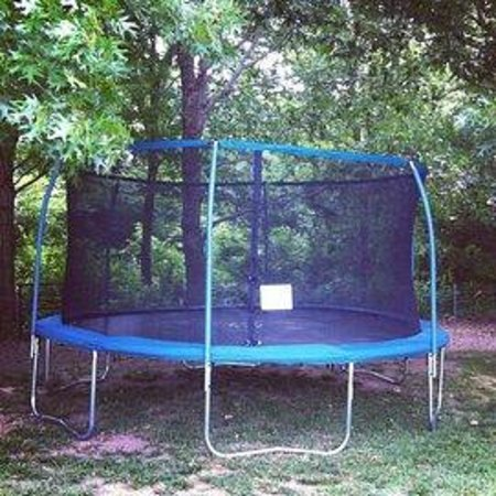 Rockwall, TX: 15' Round offered for full service of $600