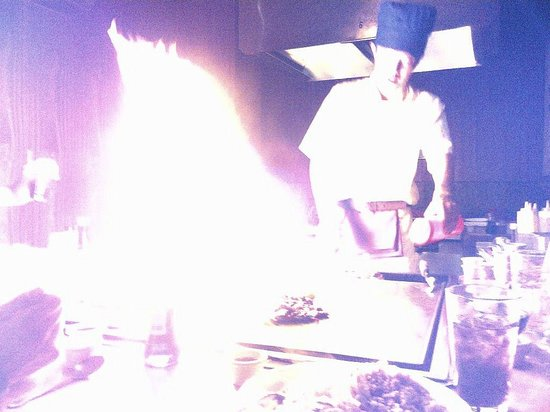 Newport News, VA: Kitchen pyrotechnics.