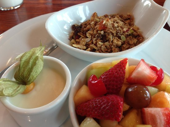 Courtenay, Kanada: Breakfast at Timber Room