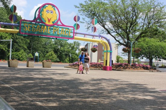 Best Hotels To Stay Near Sesame Place