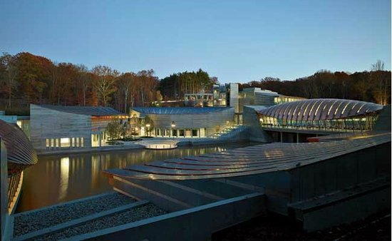 Bentonville, AR: Crystal Bridges Museum of American Art