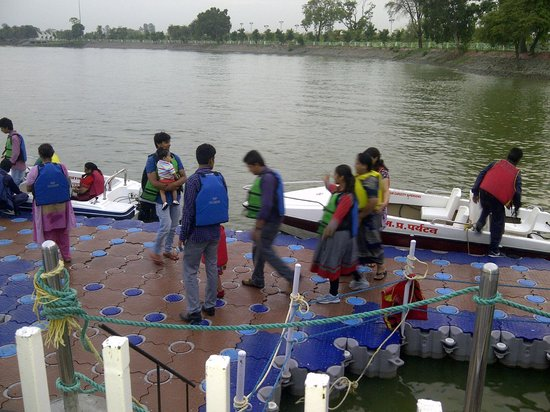 Water Park in Indore Park Indore Boating Venue