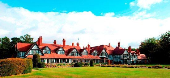 Woodhall Spa, UK: Hotel & Grounds