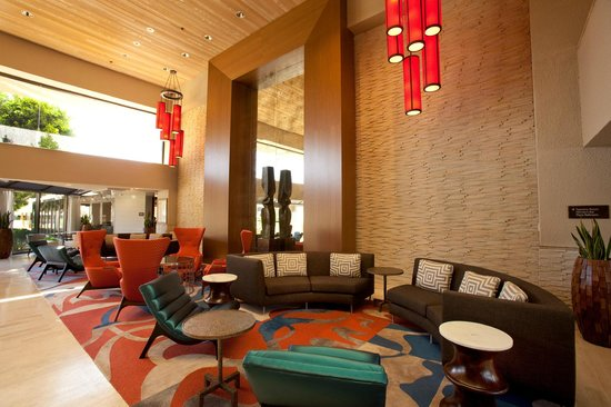 Hilton Palm Springs Resort: Meet and greet in our Lobby Lounge