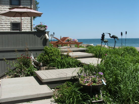 Wavecrest Bed and Breakfast  on Pelee Island