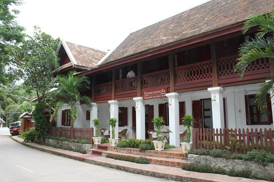 Mekong Riverview Hotel: front of hotel