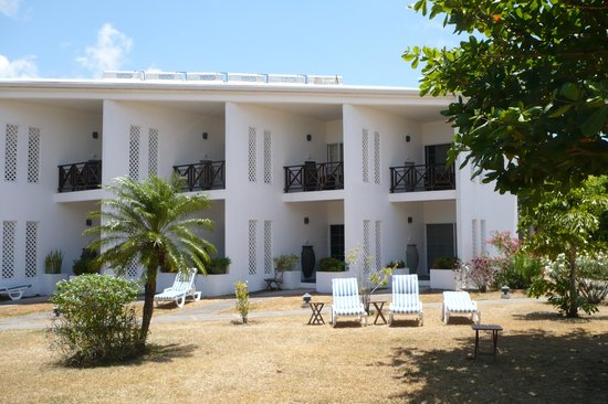 Coyaba Beach Resort: Accommodation block of 10 rooms