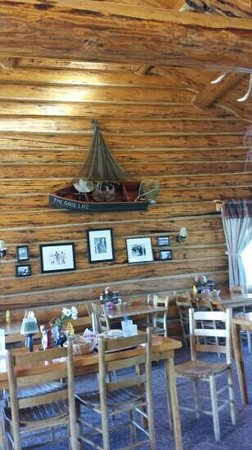 Almont, CO: Inside the restaurant