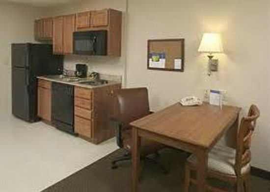 Bartlesville, OK: Kitchenette