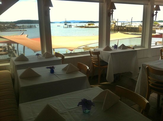 Stonington, Μέιν: the gorgeous view from our dining room