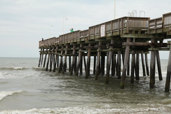 Fishing pier picture of sandbridge beach virginia beach for Va beach fishing pier