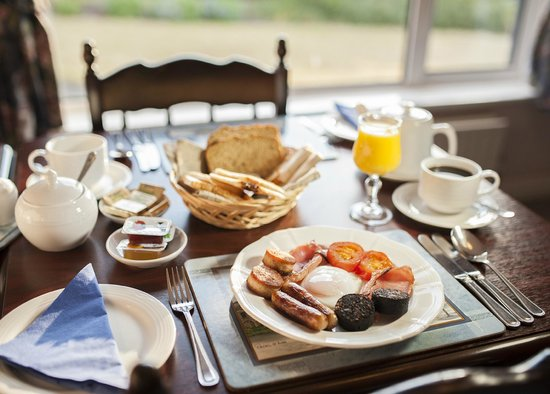 ‪‪Oughterard‬, أيرلندا: Breakfast is included in our rates at The Waterfront‬
