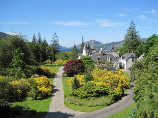Ross and Cromarty, UK: Just one gorgeous view of Attadale Gardens