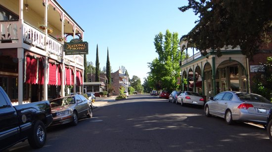 Jamestown, CA: la ville