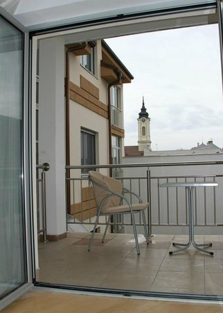 Zemun, Serbien: Apartment view