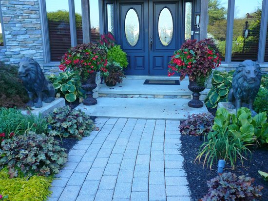 Ephrata, PA: Front door entrance