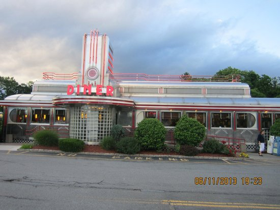 Hyde Park, Nueva York: Eveready Diner seen from the parking lot