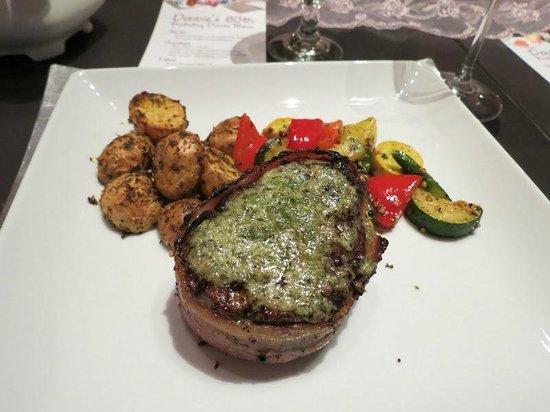 Arnold Black Bear Inn: bacon-wrapped filet mignon
