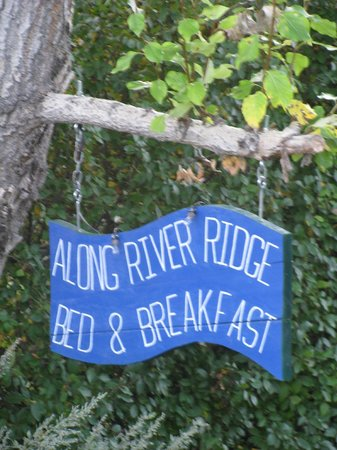 Along River Ridge: WELCOME