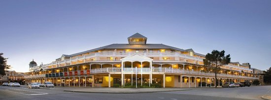Esplanade Hotel Fremantle - by Rydges