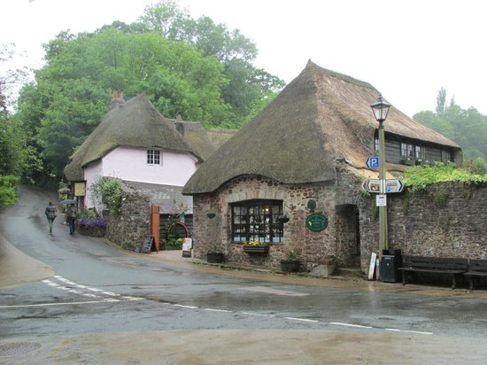 Τόρκι, UK: Cockington Village