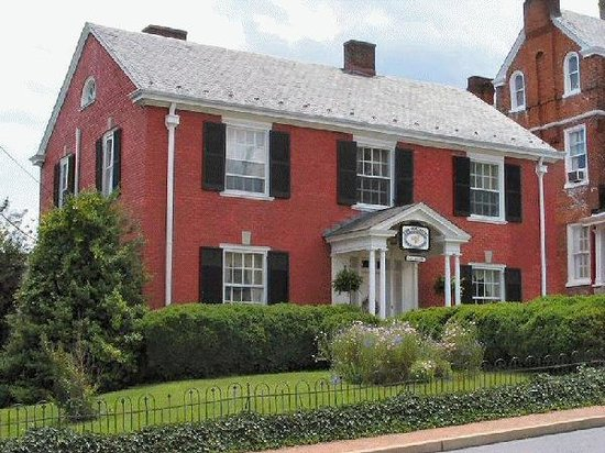 ‪The Staunton Choral Gardens Bed and Breakfast‬