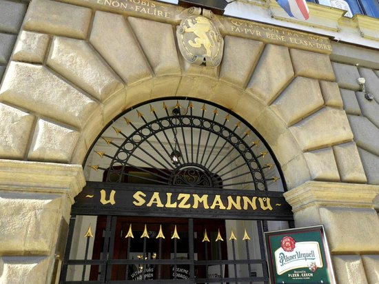 U Salzmannu Pub and Pension
