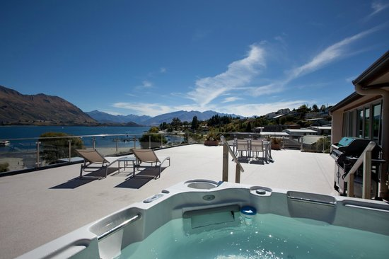Photo of Lakeside Apartments Wanaka