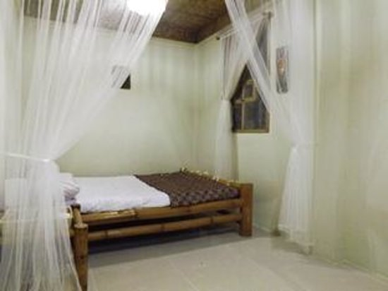 New bali style bedroom picture of sea side boutique for Boutique hotel style bedroom