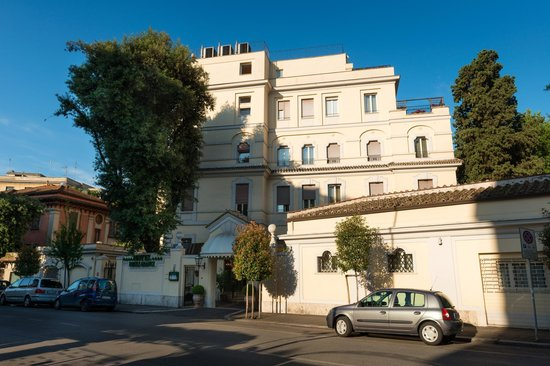 Photo of Hotel Degli Aranci Rome