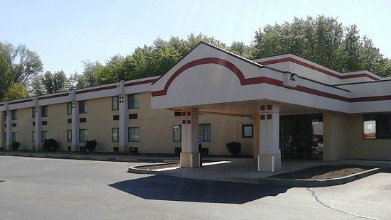 Photo of Super 8 Motel Logansport