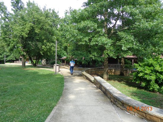 falls of rough chat rooms Find your perfect stay from 1 falls of rough accommodation near rough river dam state resort park and book falls of rough hotels with lowest price guarantee.