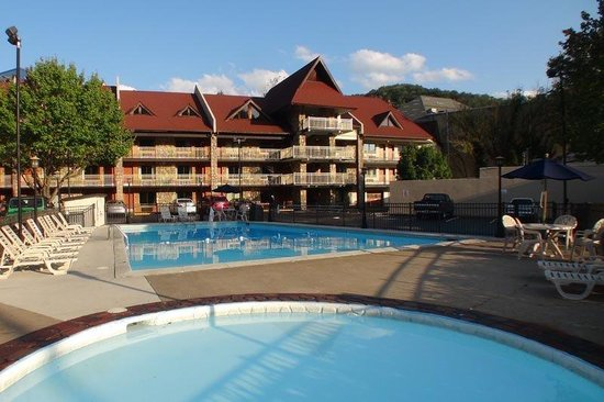 Photo of BEST WESTERN Crossroads Inn Gatlinburg