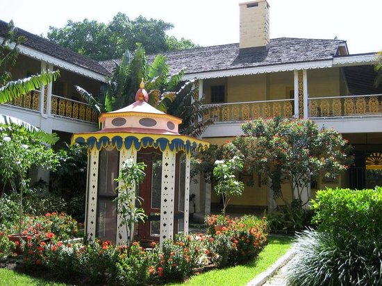The Interior Garden Picture Of Bonnet House Museum And Gardens Fort Lauderdale Tripadvisor