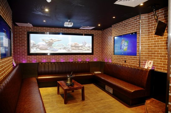 30 person room picture of karaoke box smithfield london