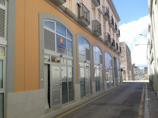 Photo of Enginy Apartaments Figueras