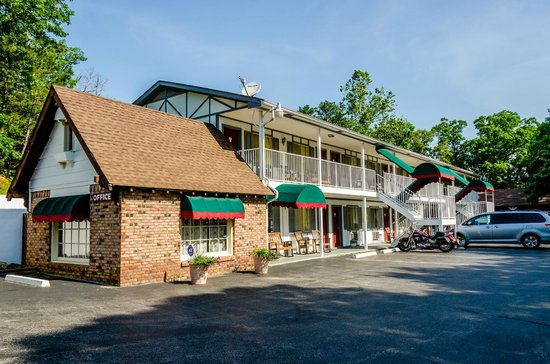 Photo of Days Inn Eureka Springs