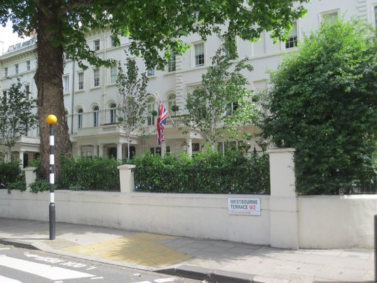 The hotel and its location on westbourne terrace for 3 westbourne terrace lancaster gate hyde park