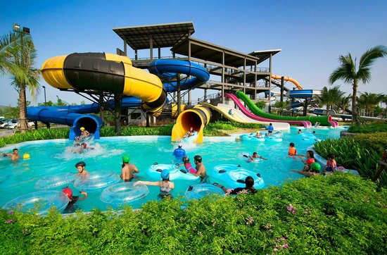 Black Mountain Water Park (Hua Hin, Thailand) on TripAdvisor: Address, Phone ...