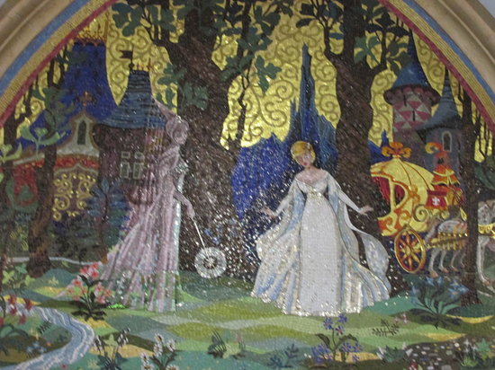 Mosaic wall mural in cinderella 39 s castle picture of walt for Disney world mural