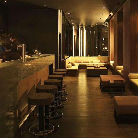 interieur der bar picture of amano bar berlin tripadvisor. Black Bedroom Furniture Sets. Home Design Ideas