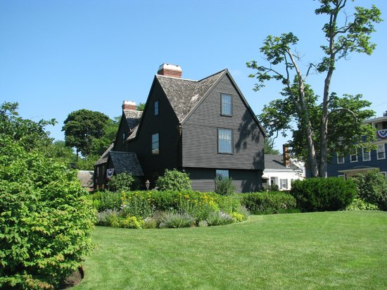 the house of seven gables ap essay The house of the seven gables does not have one obvious protagonist like  holden caulfield in the catcher in the rye or hamlet in hamlet instead, many of .