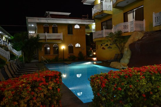 Photo of Alamar Aparthotel Puntarenas