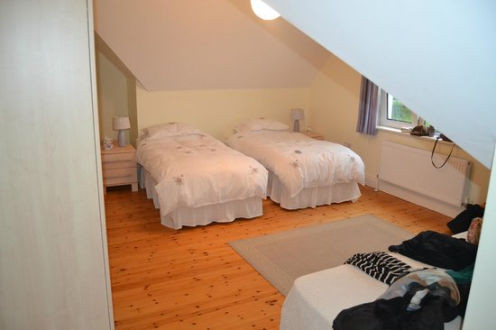 Forgefield House: Two Beautiful Comfortable Beds